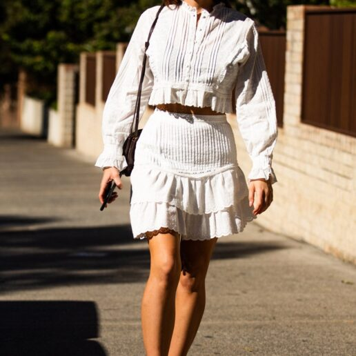 Μπαλαρίνες: To κομψό παπούτσι που θα αγοράσετε τώρα και θα φοράτε για πάντα