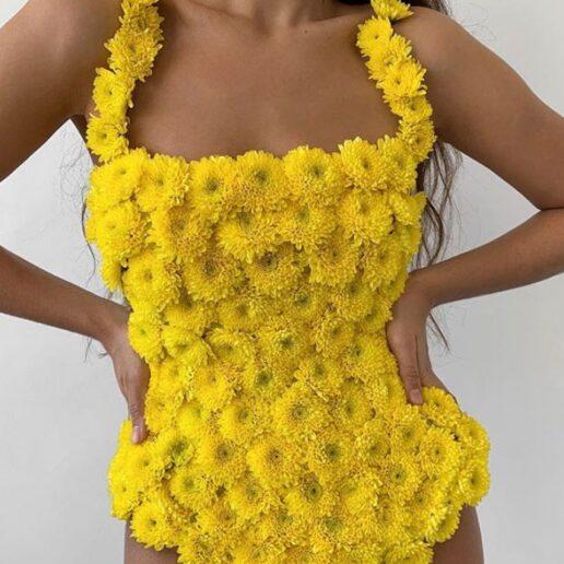Flower Swimsuit: Η ρομαντική τάση στα μαγιό που εντυπωσιάζει στο Instagram