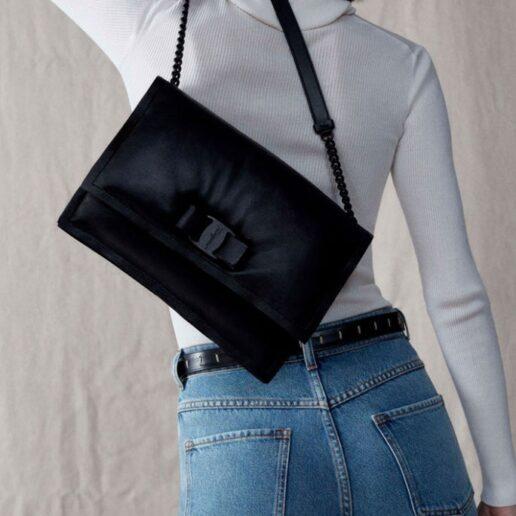 Μessenger Bags: Αυτές είναι οι 6 top τσάντες ταχυδρόμου για το καλοκαίρι
