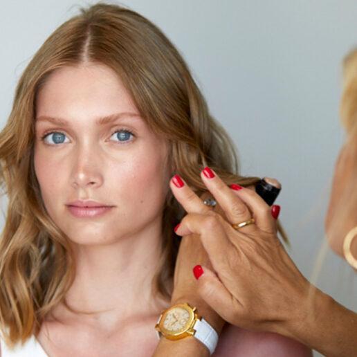 Less is more: Ακολουθήστε τις συμβουλές της ειδικού για το πιο δημοφιλές look του καλοκαιριού