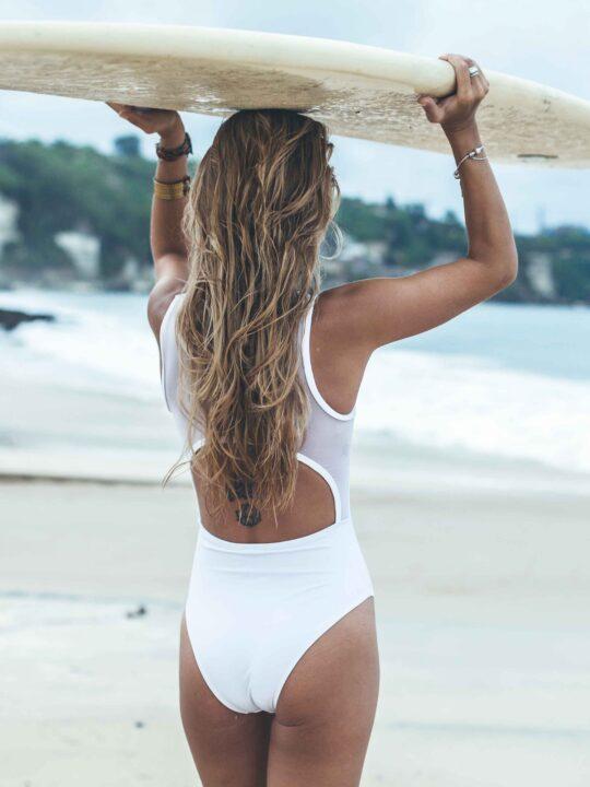 Oι μάσκες μαλλιών που θα σας σώσουν από την ξηρότητα