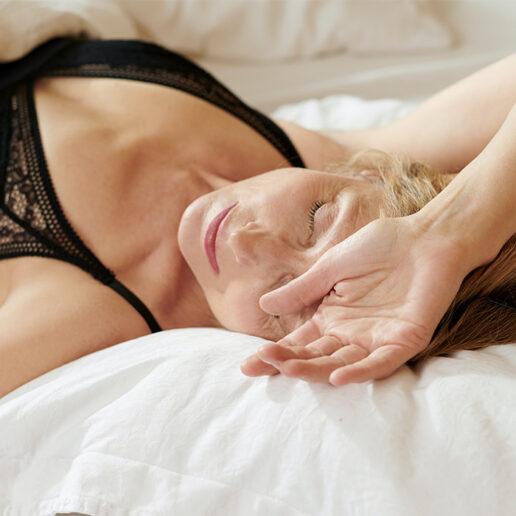 Morning Routine: 8 απλά «τελετουργικά» για ευχάριστο πρωινό ξύπνημα