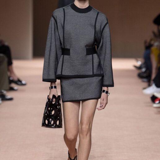 Bag Trends: 7 τσάντες που θα φορέσουμε από τις πασαρέλες της Άνοιξης