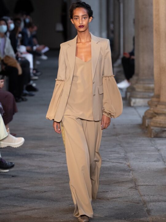 Spring/Summer 2021 Ready-To-Wear/ Max Mara