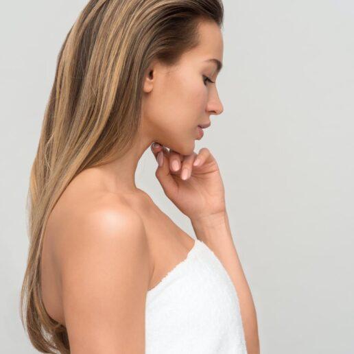 3 χρυσοί κανόνες ομορφιάς από την facialist της Jennifer Aniston