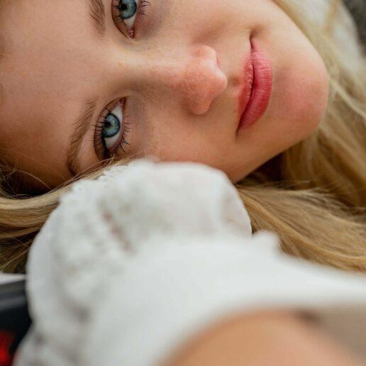Eye Contour: 6 κρέμες ματιών που αποδεικνύουν πως η ρετινόλη κάνει θαύματα