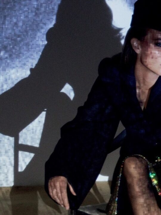 Narcissist: '80s ταγέρ, εμπνευσμένα από τον YSL και την Catherine Deneuve