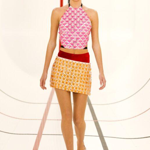 H κόρη της Kate Moss περπάτησε για πρώτη φορά στο σόου του Miu Miu