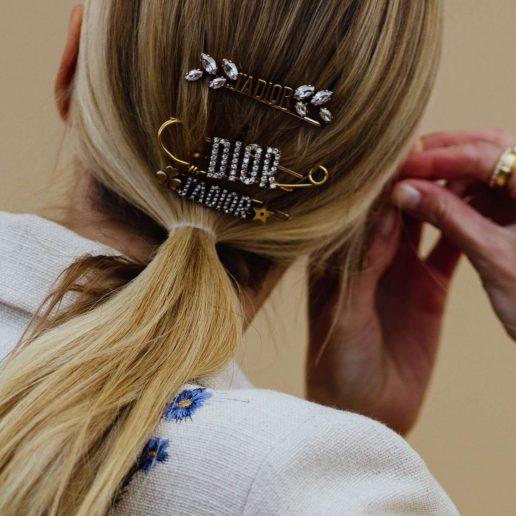 Μαλλιά: 15 εύκολα χτενίσματα θα ανανεώσουν τις εμφανίσεις σας