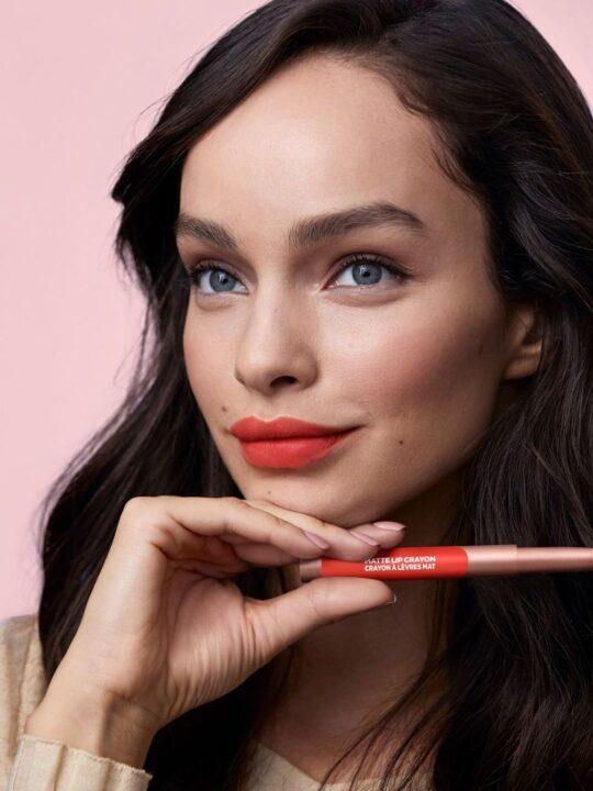 Η L'Oréal Paris λανσάρει φίλτρα μακιγιάζ για το επόμενο zoom meeting σας