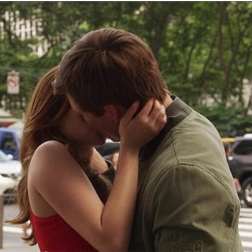 Valentine's At Home: 5 love stories του Netflix που αξίζει να παρακολουθήσετε