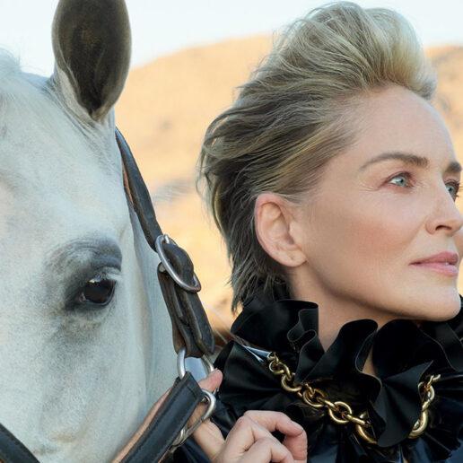 Η Sharon Stone ενσαρκώνει μια ηρωίδα γουέστερν αποκλειστικά για τη Vogue Greece