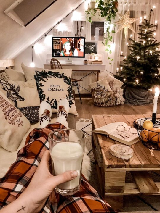 Happy Feet: Οι πιο στιλάτες κάλτσες για να φορέσετε σπίτι τα Χριστούγεννα