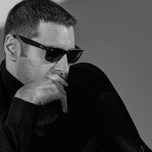 Ο Χριστόφορος Παπακαλιάτης μιλάει αποκλειστικά στη Vogue Greece