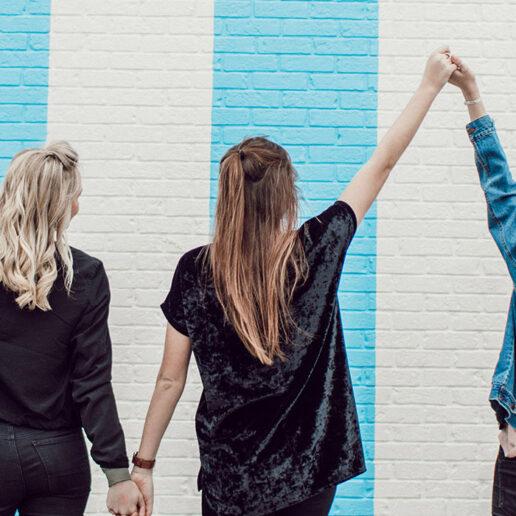 Politicult: Tο τέλος (και) της γυναικείας βεντέτας