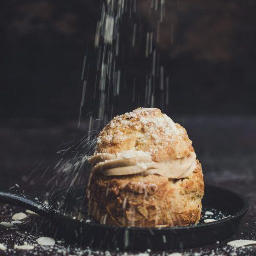 Choux à la Crème: Πώς να φτιάξετε σουδάκια γεμιστά με κρέμα βανίλιας