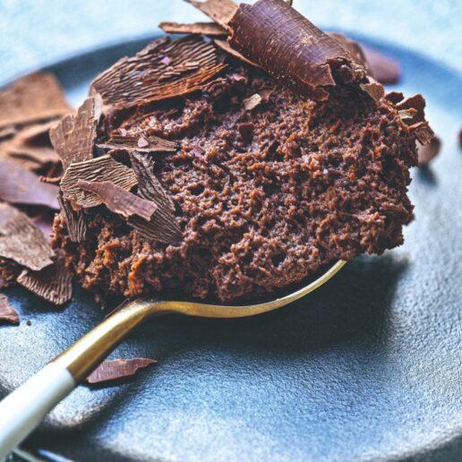 Μους σοκολάτας: Η συνταγή για το σοκολατένιο γλυκό που αρέσει σε όλους