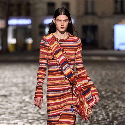 Patchwork παλτό & upcycled φορέματα: Τα πιο ωραία AW21 sustainable looks
