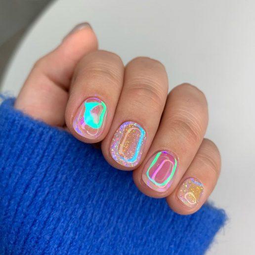 Aurora Nails: Το νέο μεγάλο trend στο μανικιούρ έρχεται από τη Nότια Κορέα