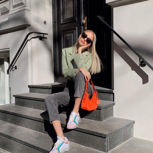 """Τα """"it"""" girls φορούν sneakers: 7 designer ζευγάρια που ξεχωρίσαμε"""