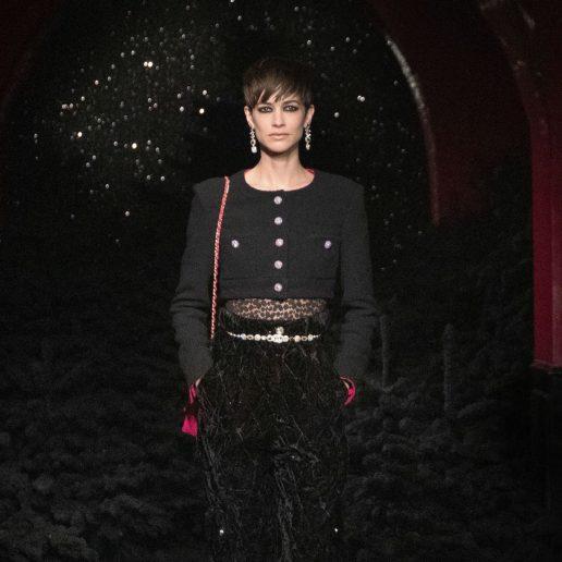 Στο σόου του οίκου Chanel είδαμε όλα τα κουρέματα που θέλουμε να δοκιμάσουμε φέτος