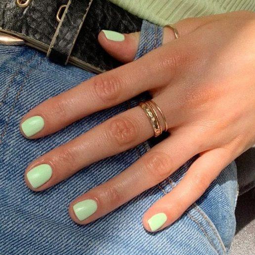 Matcha Μanicure: Αυτή είναι η πιο cool απόχρωση του πράσινου για τα νύχια