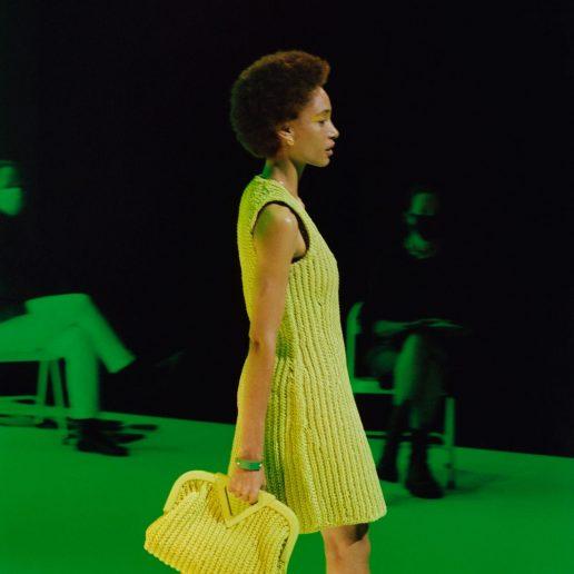 H νέα it bag του οίκου Bottega Veneta είναι ήδη στη shopping list μας