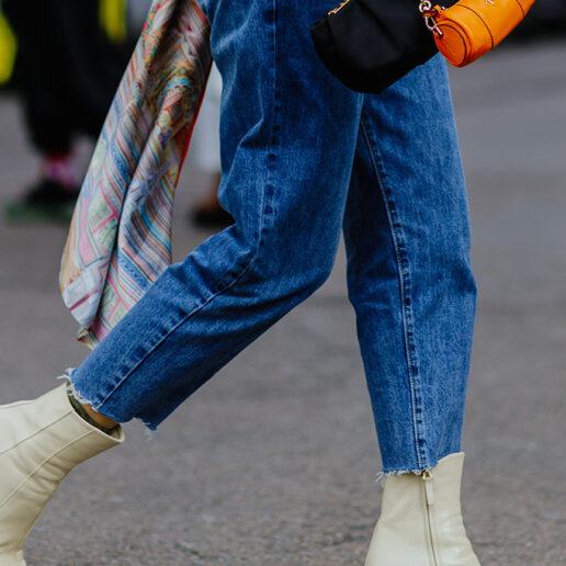 Baggy jeans: Από τα catwalks, στην γκαρνταρόμπα της άνοιξης
