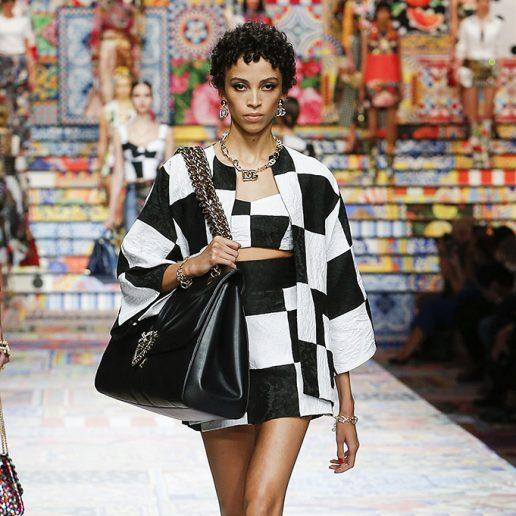 Black & White: Αντιγράψτε τον πιο chic συνδυασμό της άνοιξης