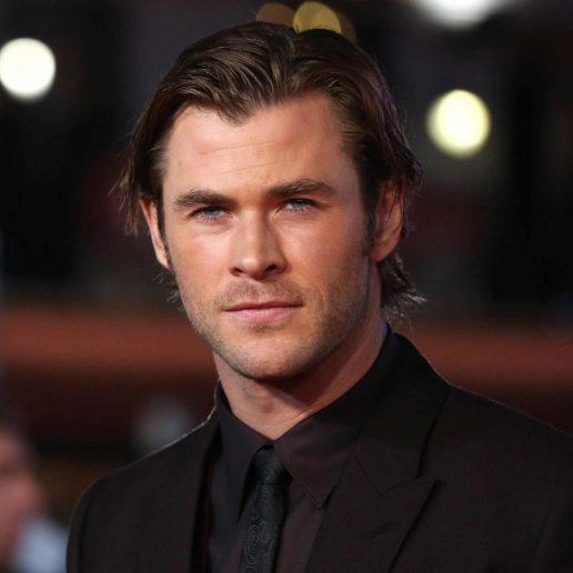 The Hollywood Gawker: Ο Chris Hemsworth σμιλεύει σώμα και φήμη