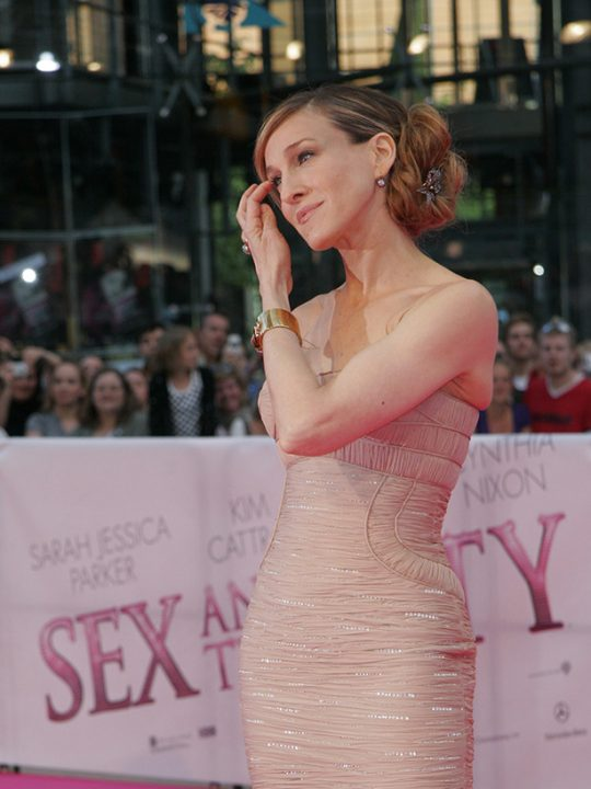 H αγαπημένη κρέμα σώματος της Carrie Bradshaw είναι η κορυφαία σε όλο το διαδίκτυο