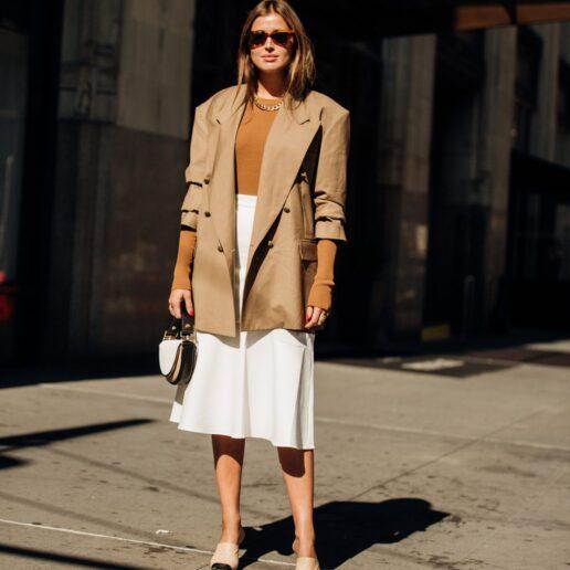 Re-Fresh Style: 5 διαφορετικά στιλ της μίντι φούστας για να φορέσετε τώρα