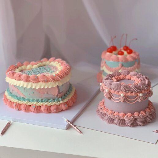 Retro Cakes: Γιατί το Instagram είναι γεμάτο με τούρτες των 80s;