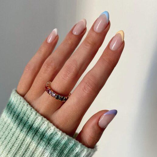Rainbow Manicure: 9 ιδέες για να το τολμήσετε