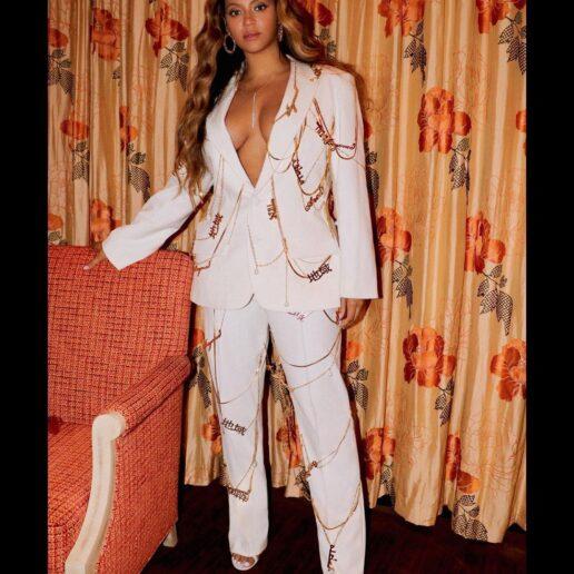 Beyoncé: Ποιο αξεσουάρ των 00s φέρνει πάλι στη μόδα;