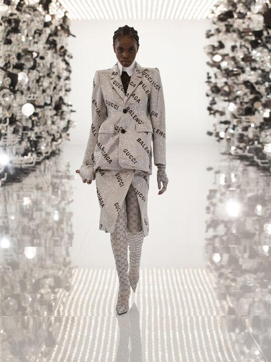 Gucci Aria: Ο οίκος Gucci γιορτάζει 100 χρόνια επαναπροσδιορίζοντας iconic looks του Balenciaga