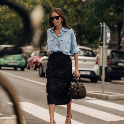 Μπλε πουκάμισο: Ένα τέλειο go-to κομμάτι για την άνοιξη