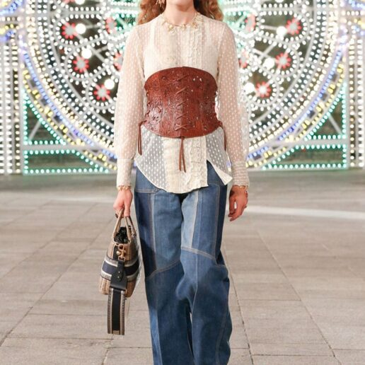 70s Jeans: Πώς τα φοράμε σώστα;
