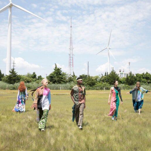 Earth Day 2021: 15 πράγματα που όλοι πρέπει να γνωρίζουμε για τη βιώσιμη μόδα