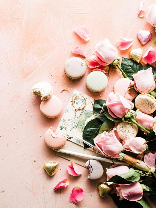 10 ρομαντικά αρώματα που θα ερωτευτείτε