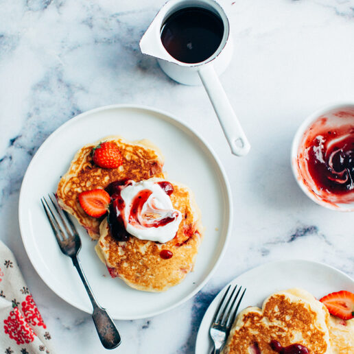 Pancakes με φράουλες: Η πιο εύκολη συνταγή