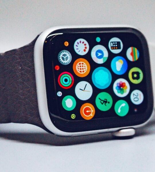 Apple Watch: Υπάρχει ένα μοναδικό gadget που μπορεί να σου χαρίσει το απόλυτο στυλ