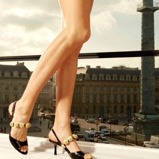 Floral Shoes: Τα παπούτσια του καλοκαιριού έχουν λουλούδια