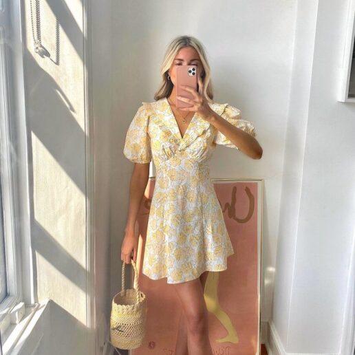 Μίνι φόρεμα: 5 συνδυασμοί για να το φορέσετε non-stop το καλοκαίρι