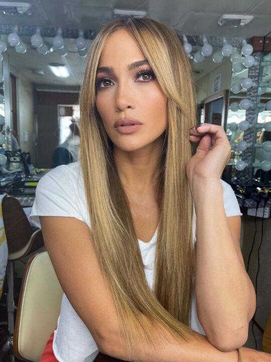 7 βήματα για να αντιγράψετε το μακιγιάζ της Jennifer Lopez