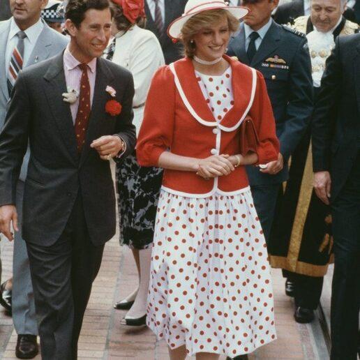 5 φορές που η πριγκίπισσα Diana μοιράστηκε τα ρούχα της με την αδερφή της