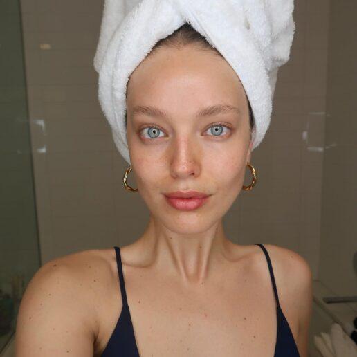 Φυσικά όμορφη χωρίς μακιγιάζ: Τα 10 βήματα για να το πετύχετε