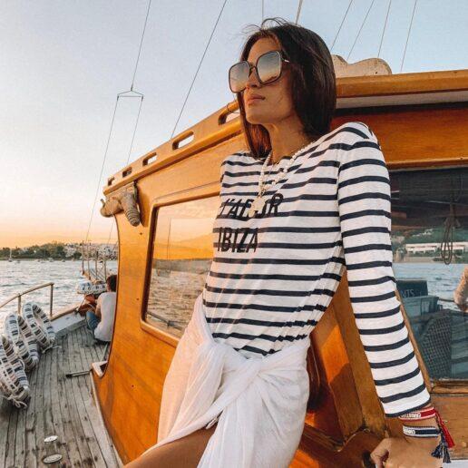 Navy Chic: Τα 10 κομμάτια για το πιο καλοκαιρινό στυλ