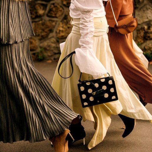 Φάκελος φούστες: Τα 6 στυλ για τους ωραιότερους συνδυασμούς