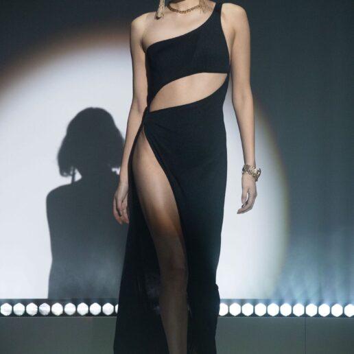 Cut-out Dresses: Τα πιο θηλυκά φορέματα του φετινού καλοκαιριού